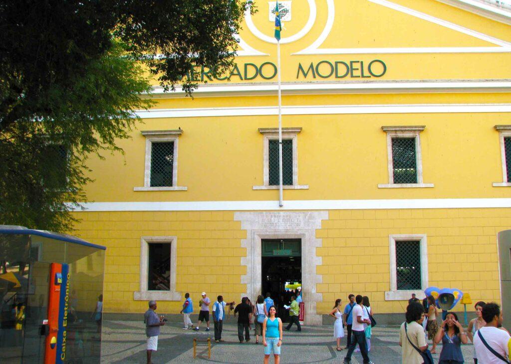 Mercados pelo Mundo: Mercado Modelo em Salvador