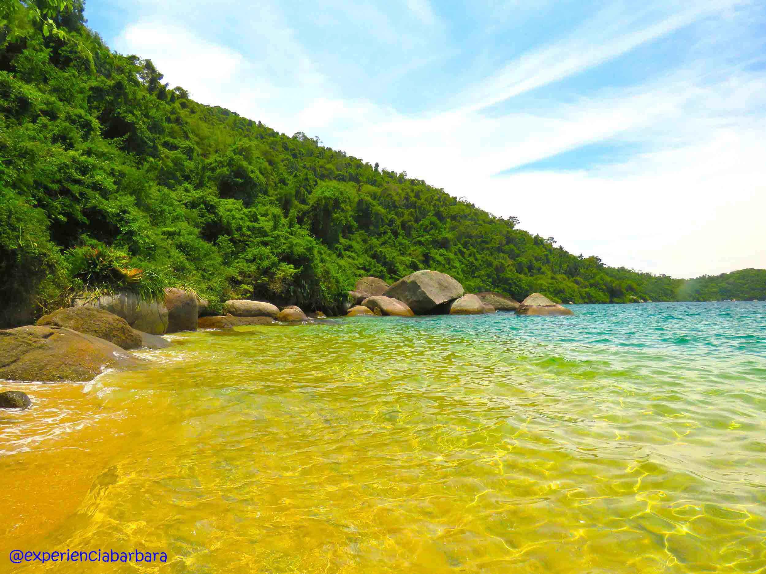 Passeio de lancha Paraty - Praia Saco da Velha